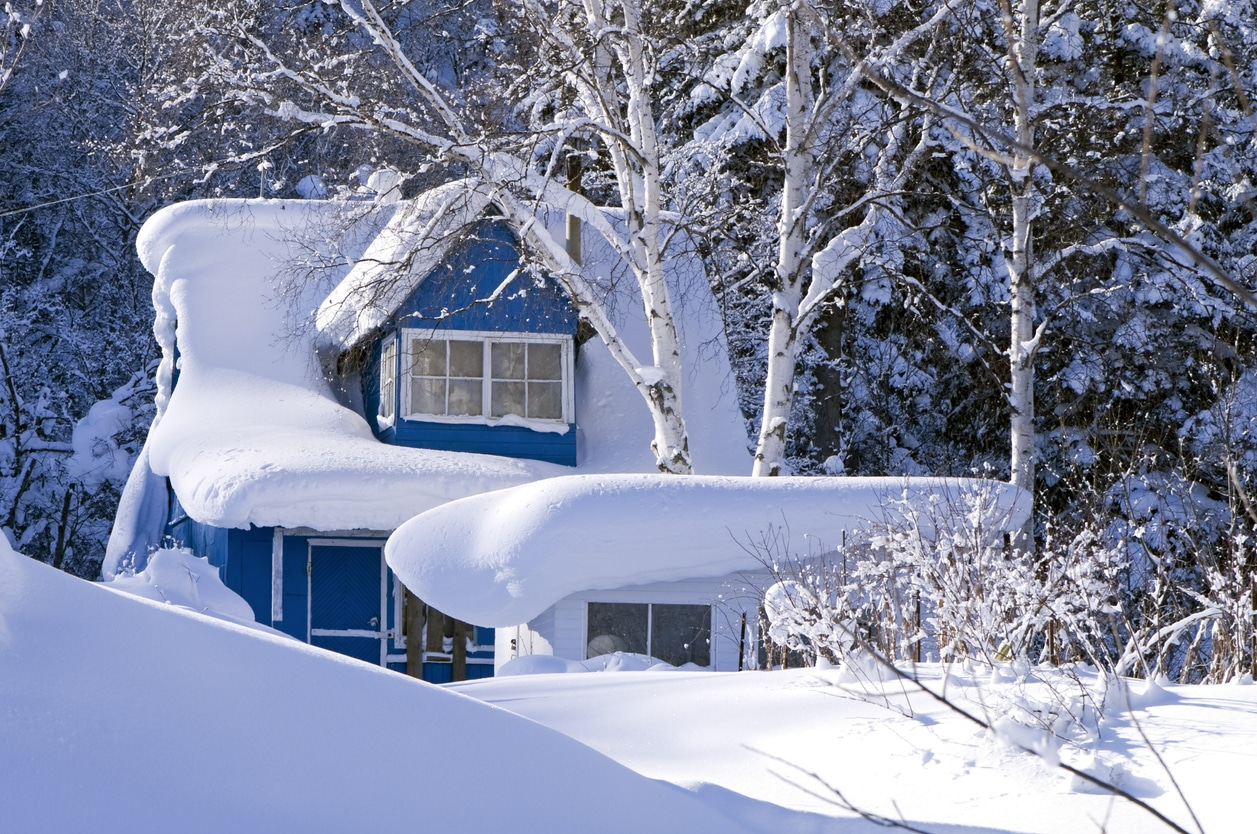 Can I Replace My Roof in The Winter?